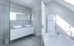 Boaz AL interior designed bathroom